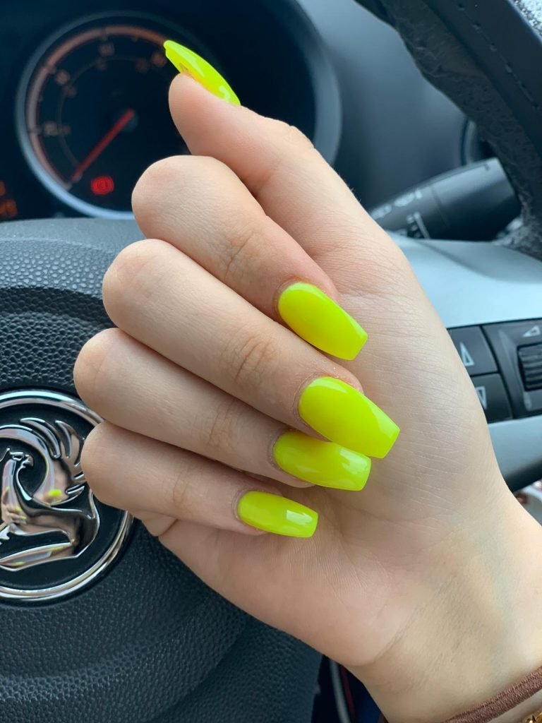 Summer Nails, Bright Nails, Neon Yellow Glow in the Dark Acrylic Nails, Coffin Nails, Bromley, Photo Party London, Sleepover, Glow in the Dark, Yellow