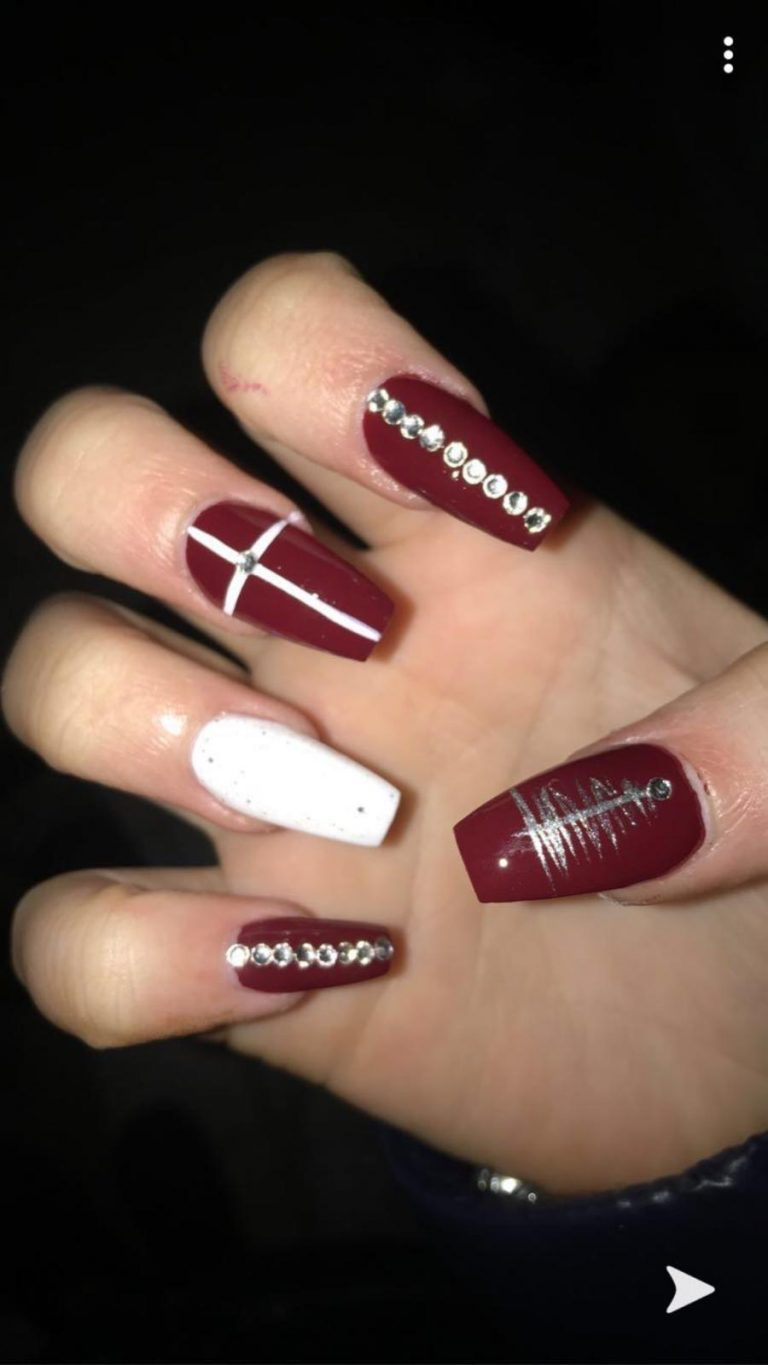 Winter Burgundy Christmas Acrylic Nails, Silver Christmas Tree, Silver Gems, White Glitter, Coffin Acrylic Nails, Photo Party London, Bromley