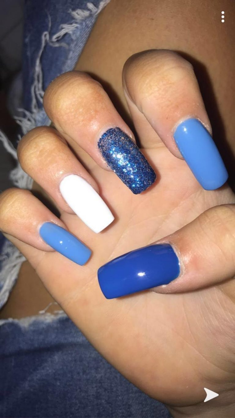 Winter Shades Of Blue Acrylic Nails, Dark Blue, Light Blue, Blue, Baby Blue, Glitter Blue, Glitter, White, Coffin Acrylic Nails, Coffin Tip, Bromley, Photo Party London
