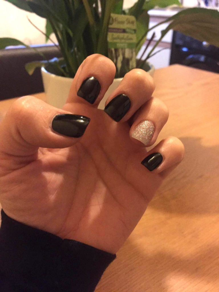 Winter Black and Silver Glitter Acrylic Nails, Square Tip Acrylics, Black Nails, Silver Glitter Ring Finger, Winter Acrylics, Photo Party London, Bromley