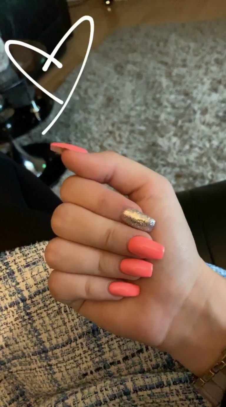 Autumn Pale Orange and Gold Glitter Acrylic Nails, Gold Glitter Index Finger, Acrylic Nails, Coffin Acrylics, Bromley, Photo Party London